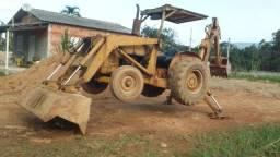 Maquina retroescavadeira ford 4500 (caminhao ford f600)