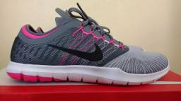Tênis Nike training adapt 37/38