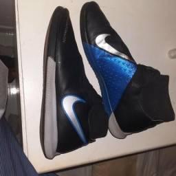 Chuteira nike phantom vision elite preta e azul   futsal