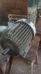 Vendo ou troco um motor trifase troco em um monofasico