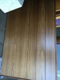 Painel em madeira