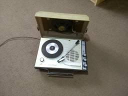 Toca discos antigo /WhatsApp 989065899