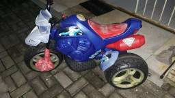 Moto elétrica infantil superman Whatsapp 97266701