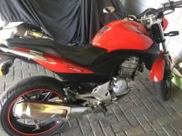 Vendo CB 300 Vermelha - 2010