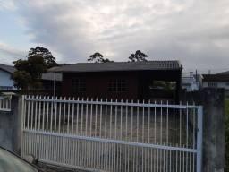 Casa em Bombinhas proximo a praia de Zimbros