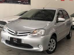 Toyota Etios 2016 1.5 XS vendo/troco/financio - 2016