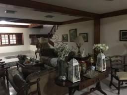 Casa de 6 quartos em Duque de Caxias