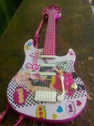 Guitarra da Barbie