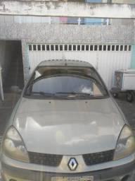 Clio Sedan 2003/2004