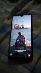 Título do anúncio: Vendo Samsung A10