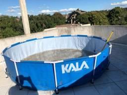 Vende-se piscina de 6mil litros