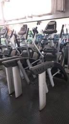 Aparelhos de academia musculação ginástica pilates