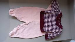 Título do anúncio: Conjunto saída maternidade - macaquinho + blusa de la