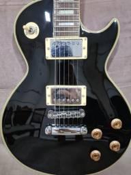 Vendo Guitarra modelo LES PAUL (Shelter) + Case + Cabo (Santo Ângelo).