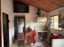 Título do anúncio: Vendo casa de esquina no bairro Tarsila do Amaral.