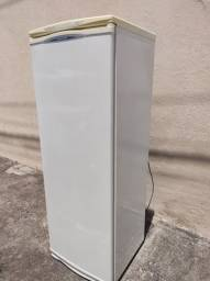 Título do anúncio: Refrigerador Brastemp 350 l funcionando tudo ok