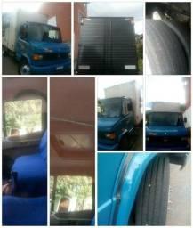 Vendo ou troco truk carroceria frontal