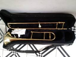 Vende-se trombone Strauss