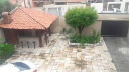 Casa à venda com 5 dormitórios em Parque manibura, Fortaleza cod:REO368932