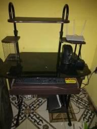 Vendo linda mesa de computador