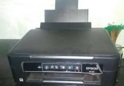 Impressora Epson XP241 (Wi-Fi integrado)