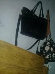 Vendo essa bolsa preta 45,