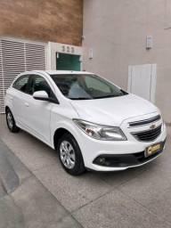 Chevrolet Onix LT 1.0 Completo - 2014