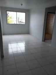 Aluga- se apartamento de 3 quartos