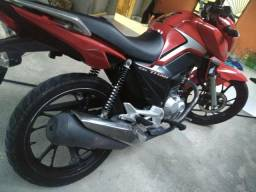 Troco titan 160 2018 por bross 160 2016 ou 2017 valor da moto 9 mil reais - 2018
