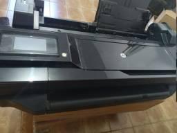 Impressora HP Designer T120 de 24 polegadas.