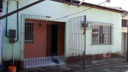 CASA EM ALAMEDA FECHADA 2 QUADRAS DA BASÍLICA DE NAZARÉ 3 QUARTOS  R$ 430MIL