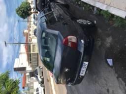 Clio Sedan - 2006