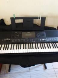 Vendo este teclado r$ 1.200,00