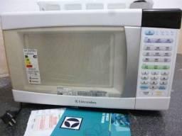 Baixei o preço deste lindo forno microondas linha branca electrolux 30 lts