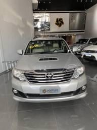 Toyota Hilux SW4 3.0 TDi - 2014