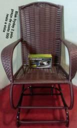 Vendo essa cadeira com o ferro 300 reais