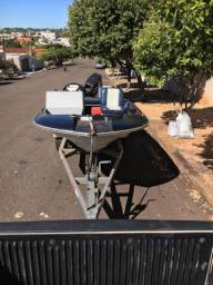 Lancha Fibra + motor 50 hp + carreta documentada