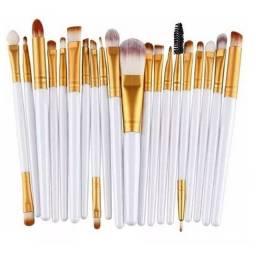 Título do anúncio: Kit com 20 pincéis para maquiagem profissional Pincel branco