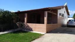 Título do anúncio: Casa com 02 quartos, churrasqueira, terreno 499 M² . Cond. Mirante da lagoa