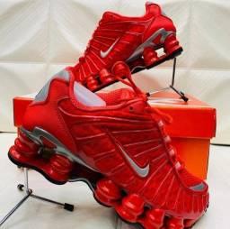 Calçados direito de fabrica