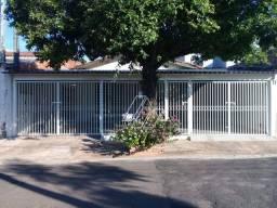 Título do anúncio: Casa com 3 dormitórios à venda por R$ 270.000 - Jardim Virgínia - Marília/SP