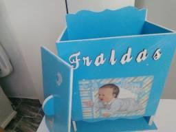 Porta Fraldas azul MDF
