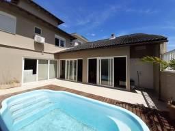 Casa em Condomínio 05 quartos com piscina em Macaé