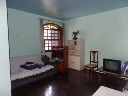 Título do anúncio: Casa à venda, 8 quartos, 1 suíte, 6 vagas, João Pinheiro - Belo Horizonte/MG