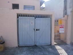 Casa com 1 dormitório para alugar por R$ 600,00/mês - Agapeama - Jundiaí/SP