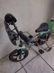Bicicleta enfantil quadro amorteçedor rodinlhas serene de motor super conservada