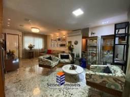 Linda casa de condomínio possui 230m² com 4 quartos