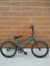 Título do anúncio: Bicicleta Caloi infantil Aro 20 (BMX)