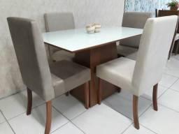 Lindas mesas com 4 cadeiras, ENTREGO