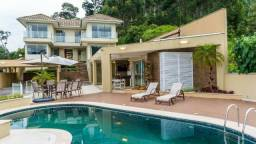 Residência de alto padrão em condomínio em Nova Friburgo